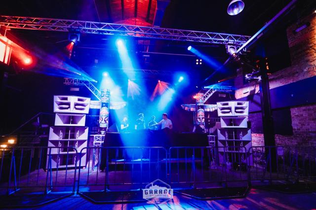 Tomorrow Island Party | Le Shuuk